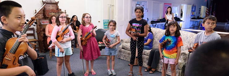 Summer Violin music students play